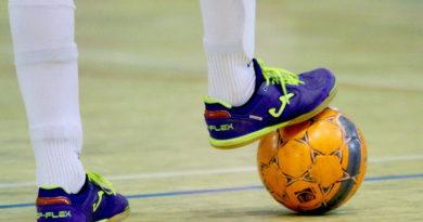 В Берёзовском прошел открытый турнир по мини-футболу