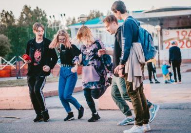 Зачем подростки включают музыку и как на нее реагируют окружающие